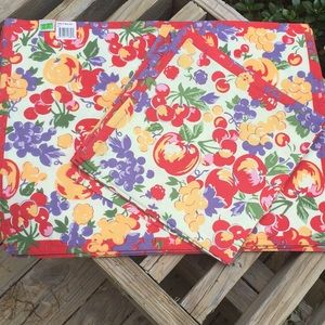 "Xochi ""Fruit Salad"" 6 placemats and 6 napkins."